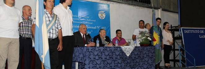 Entrega de diplomas 2014 – Centro de Formación Profesional N°402 Fray Luis Beltran