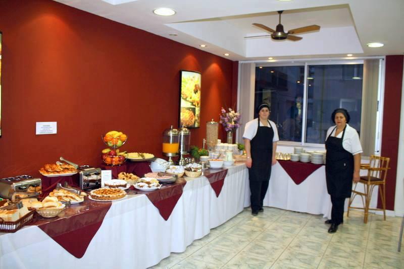 HOTEL LOS FUEGOS 1